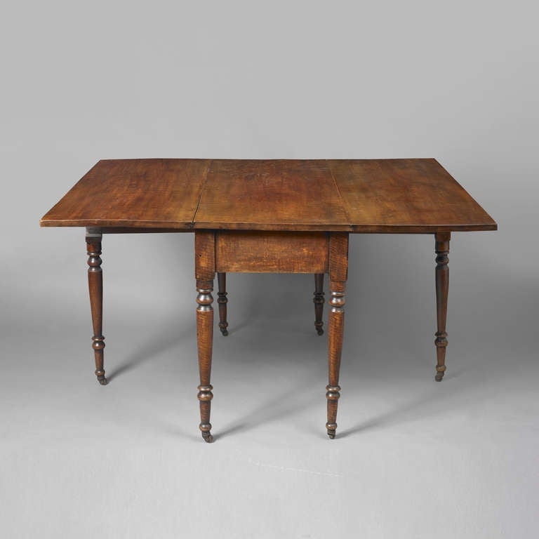 Late Federal Drop-Leaf Dining Table For Sale At 1stdibs