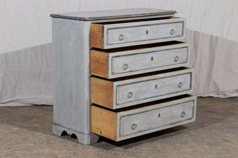 19th Century Swedish Karl Johan Four-Drawer Painted Wood Chest For Sale 3