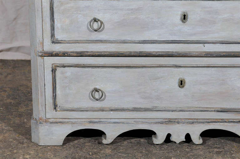 19th Century Swedish Karl Johan Four-Drawer Painted Wood Chest For Sale 5