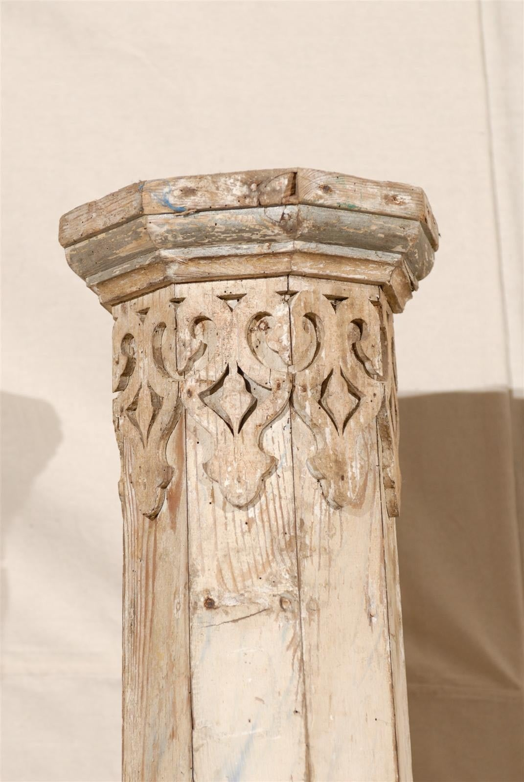 A Pair of 19th Century European Slender Wooden Columns with Delicate Decor 2