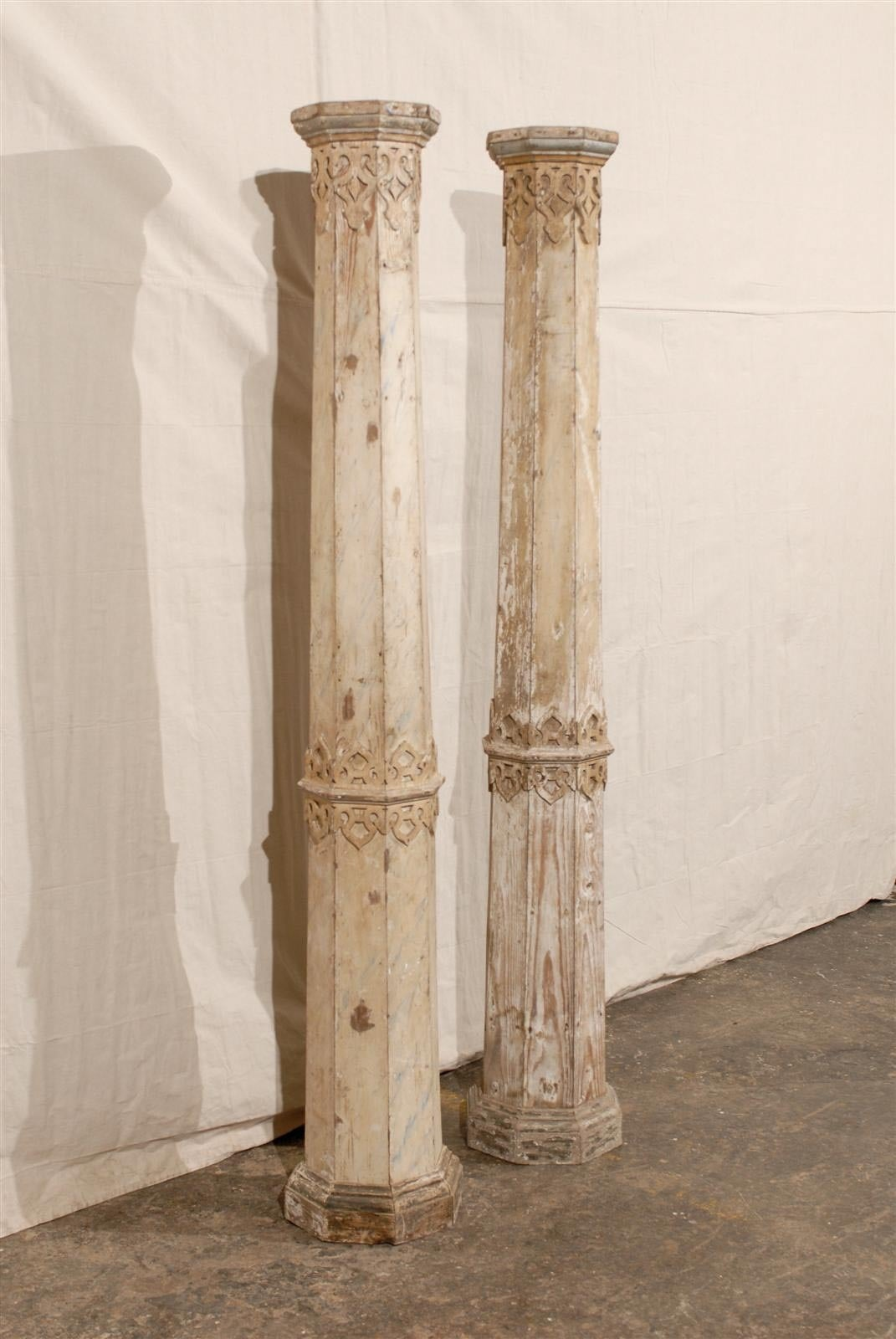 A Pair of 19th Century European Slender Wooden Columns with Delicate Decor 4