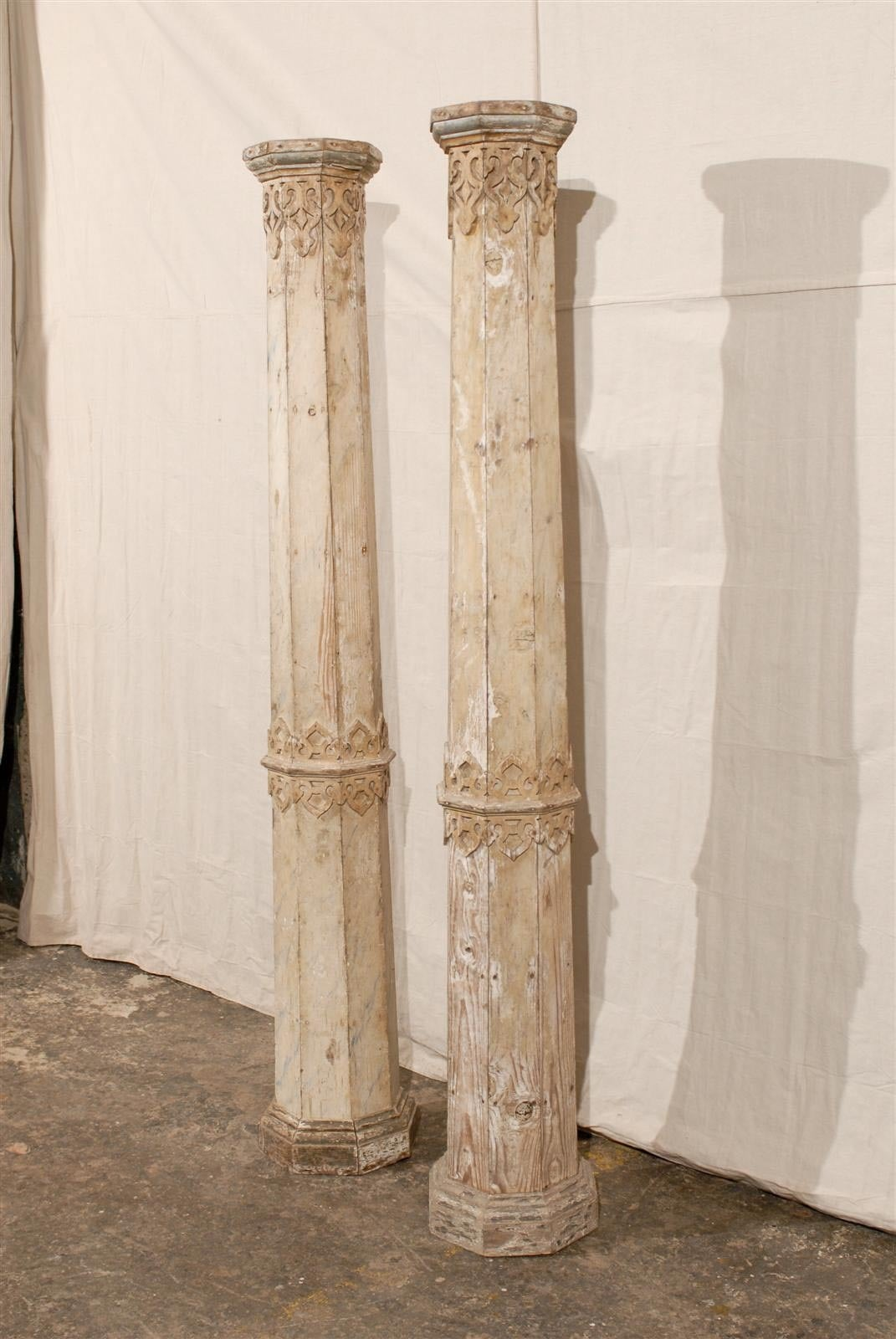A Pair of 19th Century European Slender Wooden Columns with Delicate Decor 5
