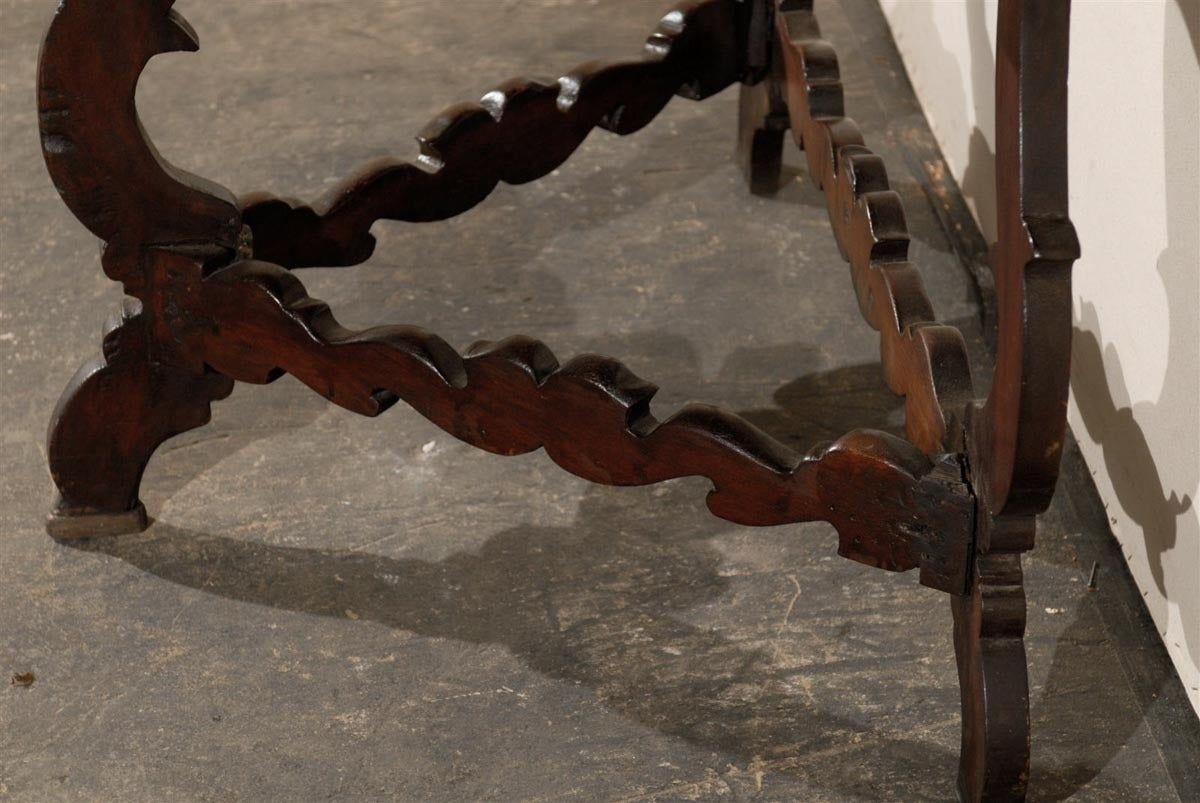 Exquisite Italian 18th Century Demilune Table For Sale 3