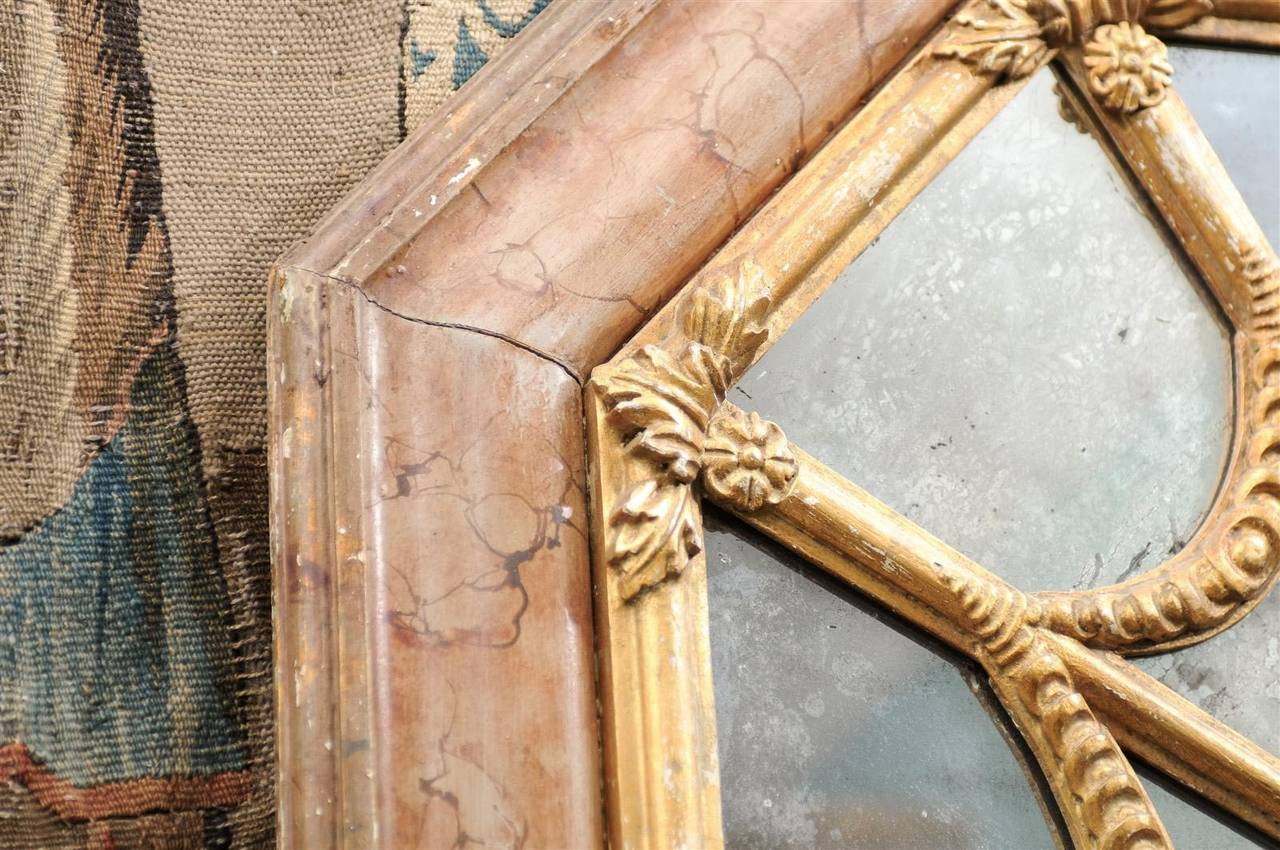 Italian 19th Century Faux Marble Octagonal Mirror For Sale 6