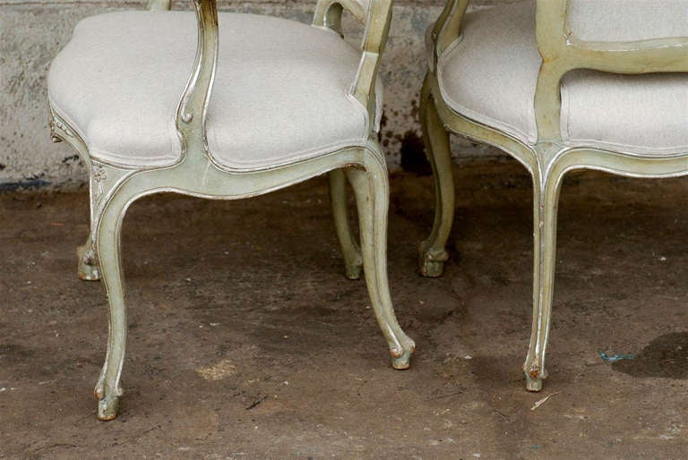Exquisite Pair of Italian 1920s Chairs with Traces of Silver Gilt 8