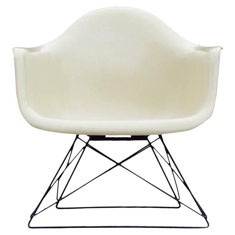 Eames LAR Chair with Cat s Cradle Base at 1stdibs