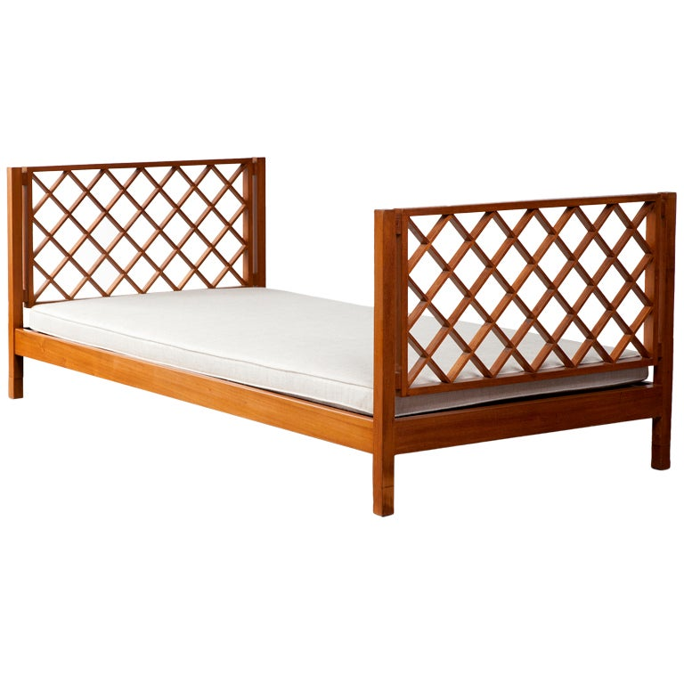 Daybed by Joaquim Tenreiro, Brazil, 1950s For Sale