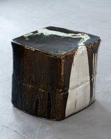 Ceramic stool by Hun-Chung Lee image 2