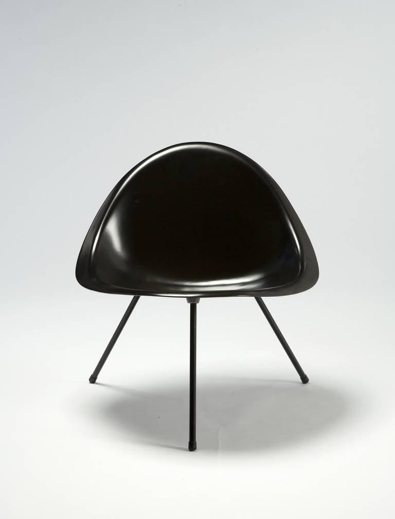 Tripod Chair Designed by Poul Kjaerholm, Denmark, 1953 For Sale 3
