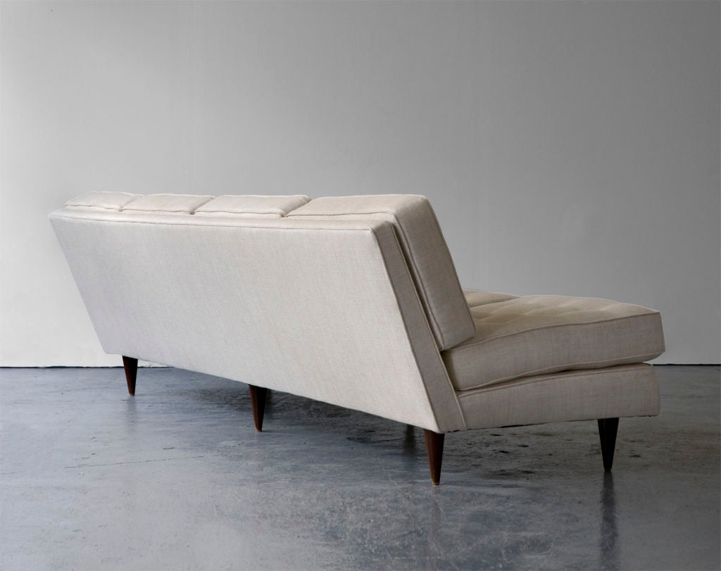 Sofa by Joaquim Tenreiro, Brazil, 1950s In Excellent Condition For Sale In New York, NY