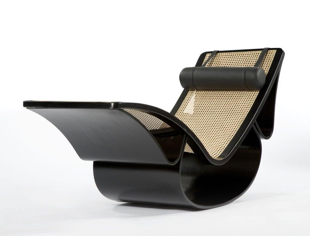 Rio ebonized chaise longue by oscar niemeyer at 1stdibs for Chaise longue oscar niemeyer