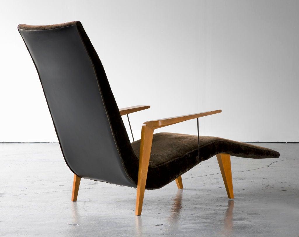 Brazilian Chaise lounge by Joaquim Tenreiro