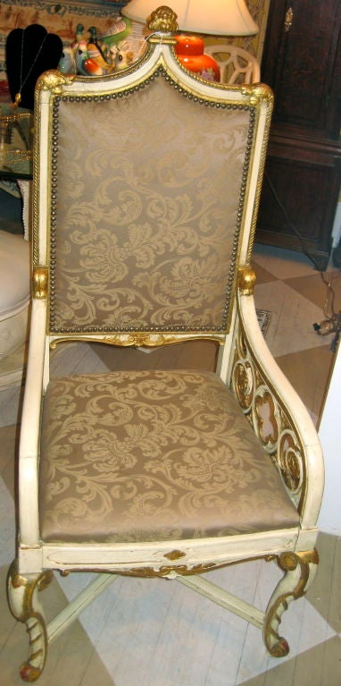 19th Century English Gothic Revival Armchair In Good Condition For Sale In Southampton, NY