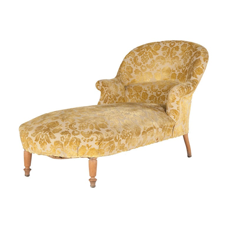 Antique baroque chaise longue at 1stdibs for Antique chaise longue