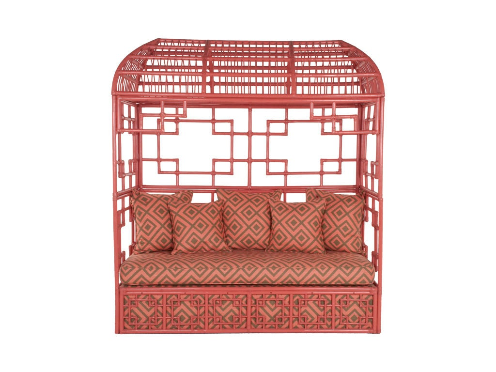 20th Century Vintage Fretwork Daybed For Sale