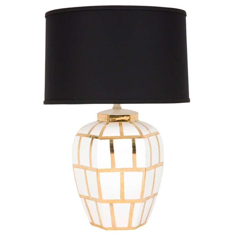 vintage gold amd white ceramic table lamp at 1stdibs. Black Bedroom Furniture Sets. Home Design Ideas