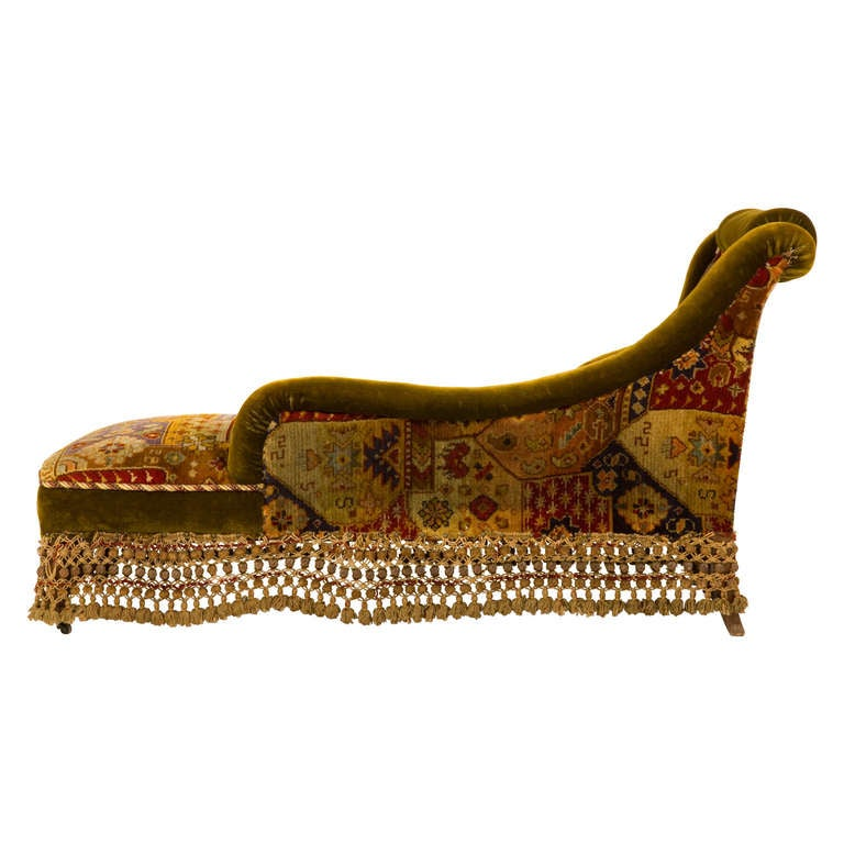Antique velvet chaise longue at 1stdibs for Antique french chaise longue