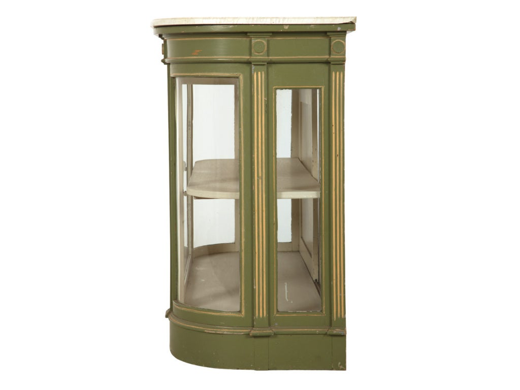 antique green vitrine at 1stdibs. Black Bedroom Furniture Sets. Home Design Ideas