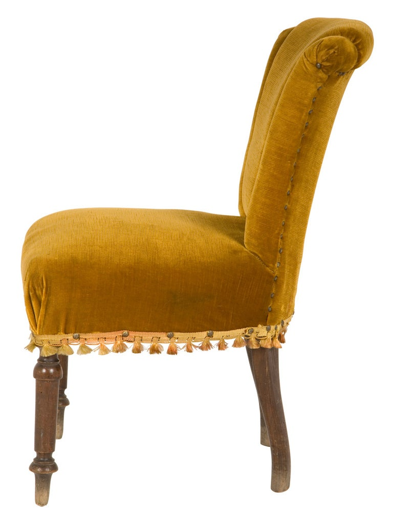 Antique Velvet Side Chair 3