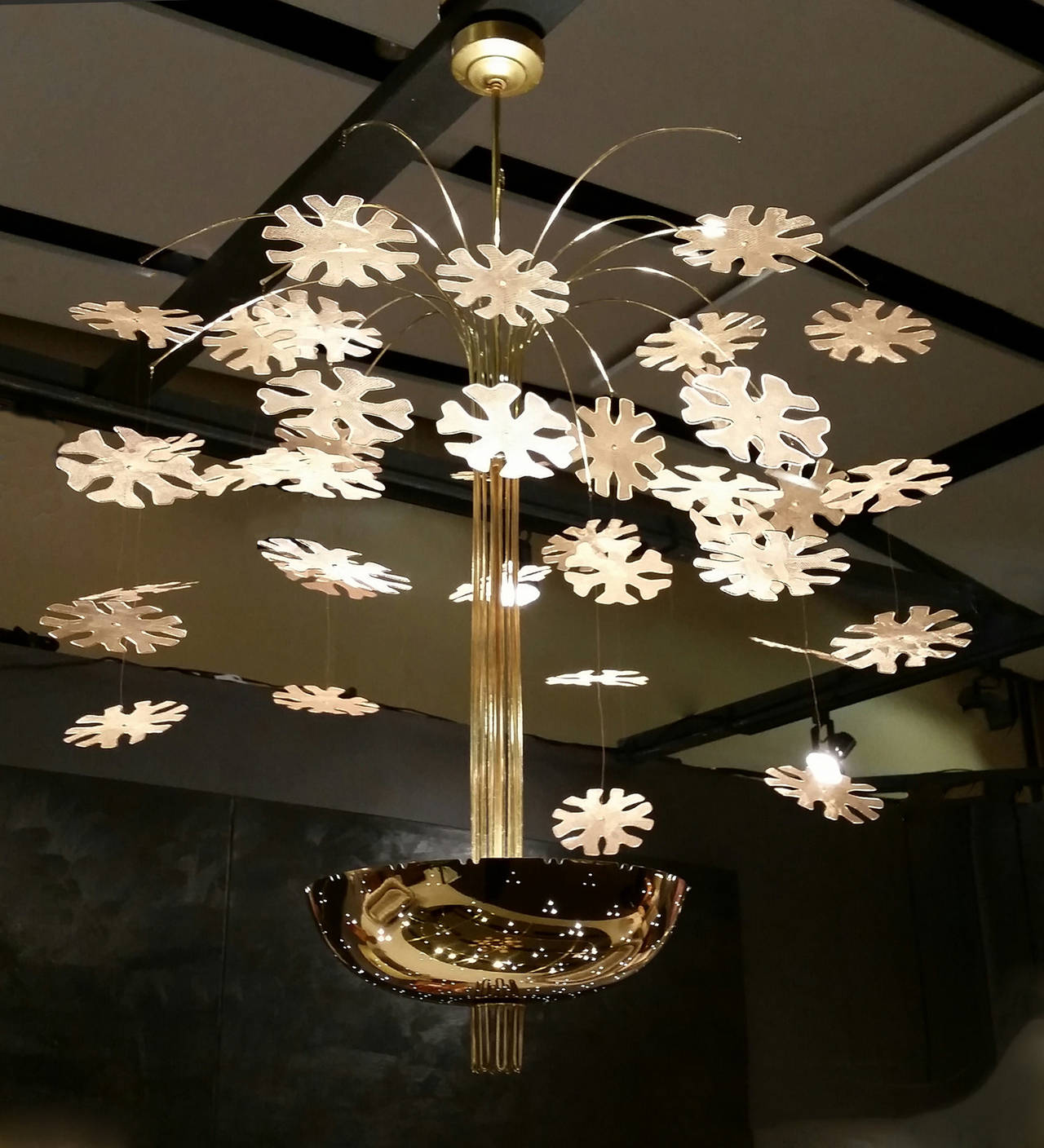 Magnificent paavo tynell snowflake chandelier at 1stdibs the quintessential scandinavian modernist model 9041 snowflake chandelier by paavo tynell for taito oy this mozeypictures Choice Image