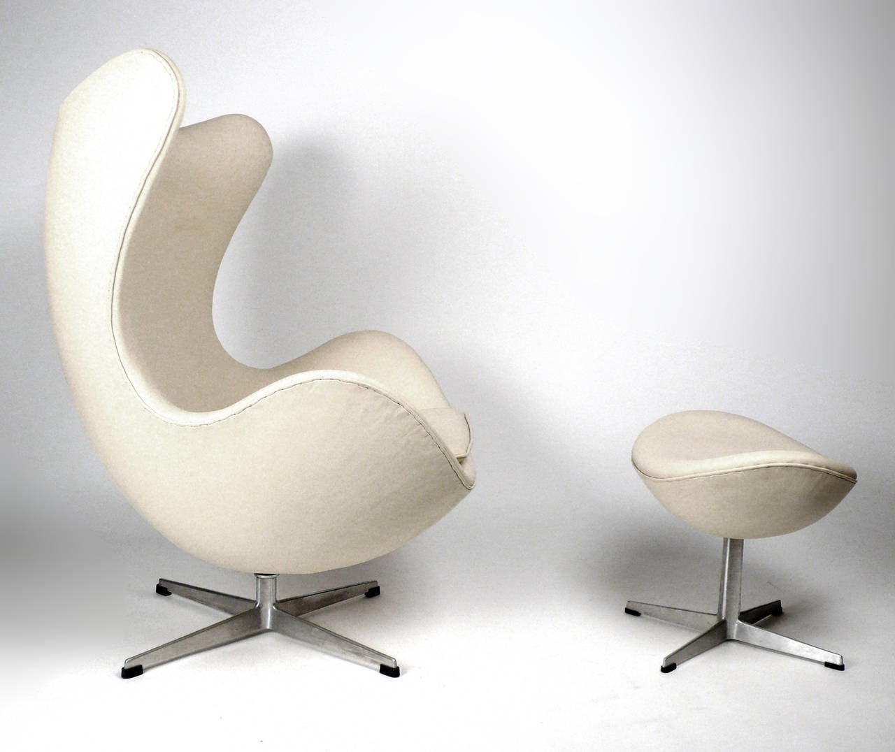 Early Production Leather Egg Chair With Ottoman By Arne