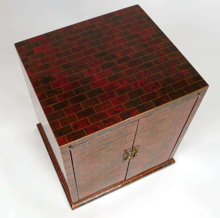 Mid-Century Modern Beautiful Hand Painted Small Chest by Maitland Smith For Sale
