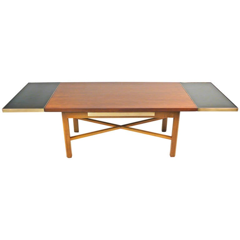Edward Wormley Coffee Table With Retractable Extensions At