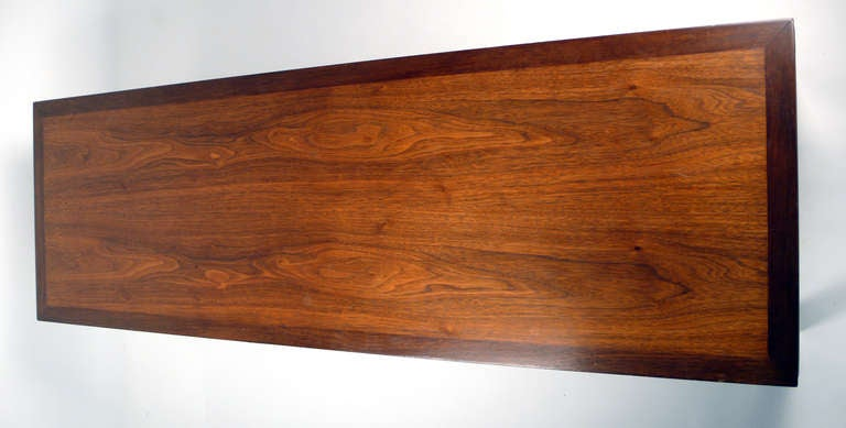 Edward Wormley Coffee Table In Good Condition For Sale In Dallas, TX