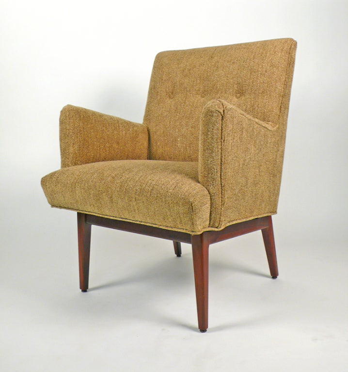 Mid-Century Modern Beautiful Armchair by Jens Risom For Sale