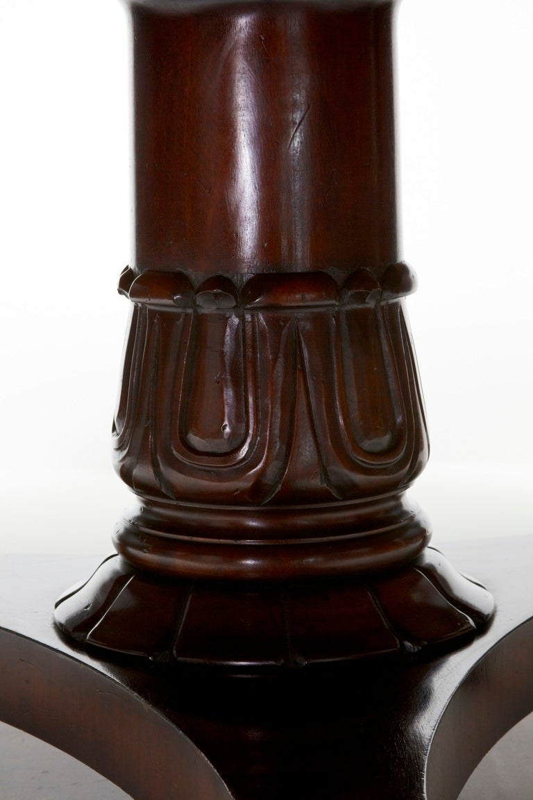 Ten Seats Mahogany Inlaid Round Dining Table In Good Condition For Sale In Debenham, Suffolk