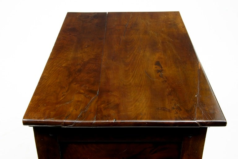 British 18th Century, Antique Small Yew Wood Side Table Dresser For Sale