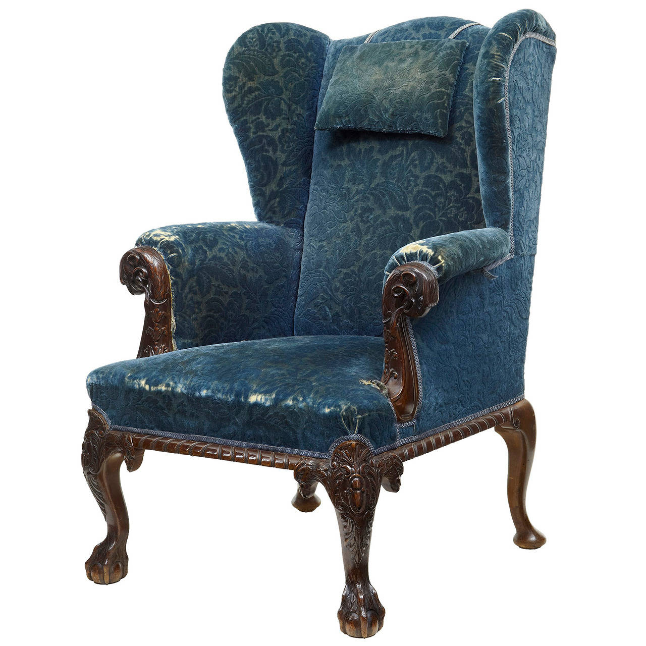 Genial Early Victorian Carved Mahogany Wingback Armchair For Sale