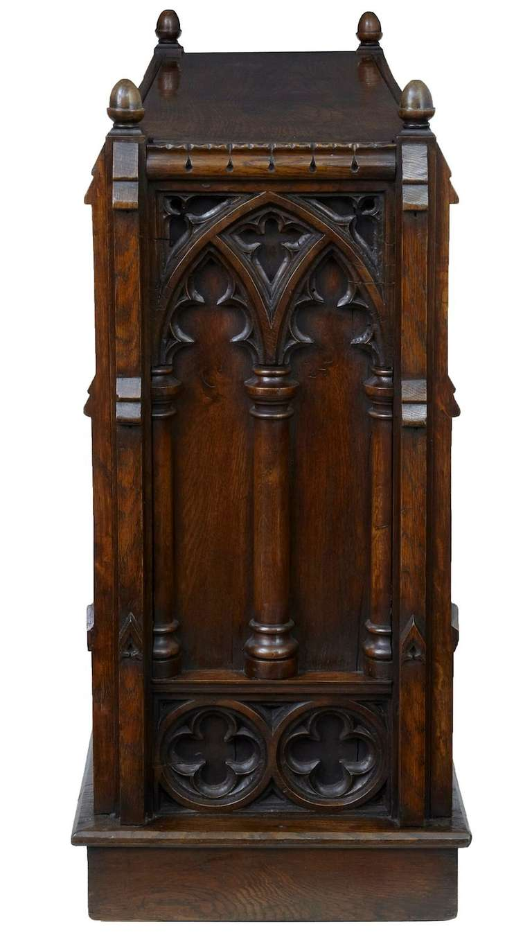 19th Century Carved Oak Gothic Double Sided Bookcase 2 - 19th Century Carved Oak Gothic Double Sided Bookcase At 1stdibs