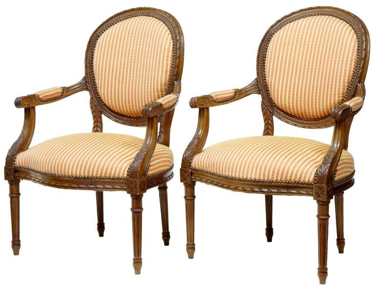 Pair of 19th Century Carved French Walnut Open Armchairs In Good Condition For Sale In Debenham, Suffolk