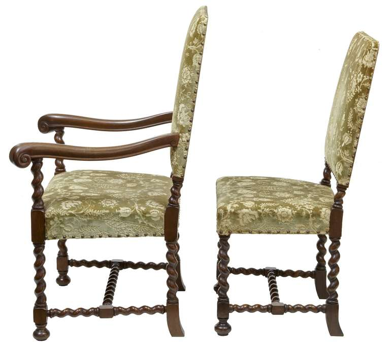 Merveilleux English Set Of Twelve +2 19th Century Oak Barley Twist Dining Chairs For  Sale