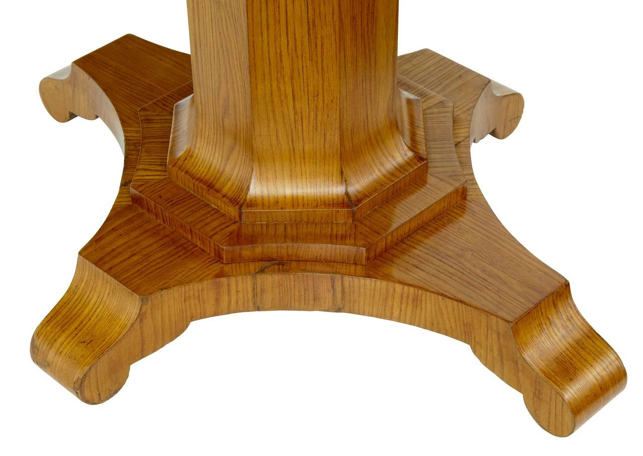 Woodwork 19th Century Shaped Elm Centre Occasional Table For Sale