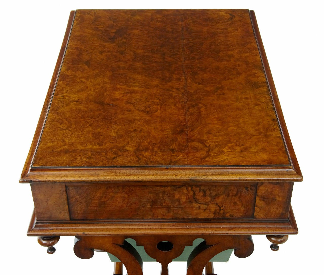 19th Century Walnut Work Occasional Table In Good Condition For Sale In Debenham, Suffolk