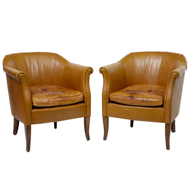 Pair Of Early 20th Century French Leather Tub Chairs At 1stdibs