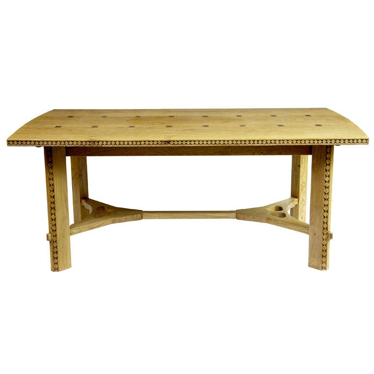 oak arts and crafts style extending dining table at 1stdibs. Black Bedroom Furniture Sets. Home Design Ideas