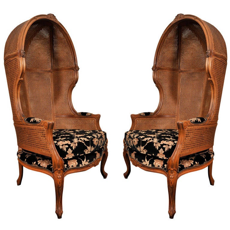 Pair of Porters Chairs by Weiman, Hooded Chair For Sale - Pair Of Porters Chairs By Weiman, Hooded Chair At 1stdibs