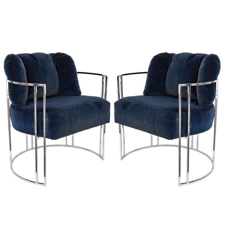 Pair of 70s chrome deco style chairs by milo baughman for Furniture 70s style