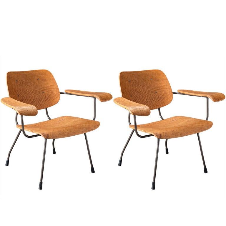 Pair of Tjerk Reijenga Model 8000 Lounge Chairs, Netherlands, circa 1962 For Sale