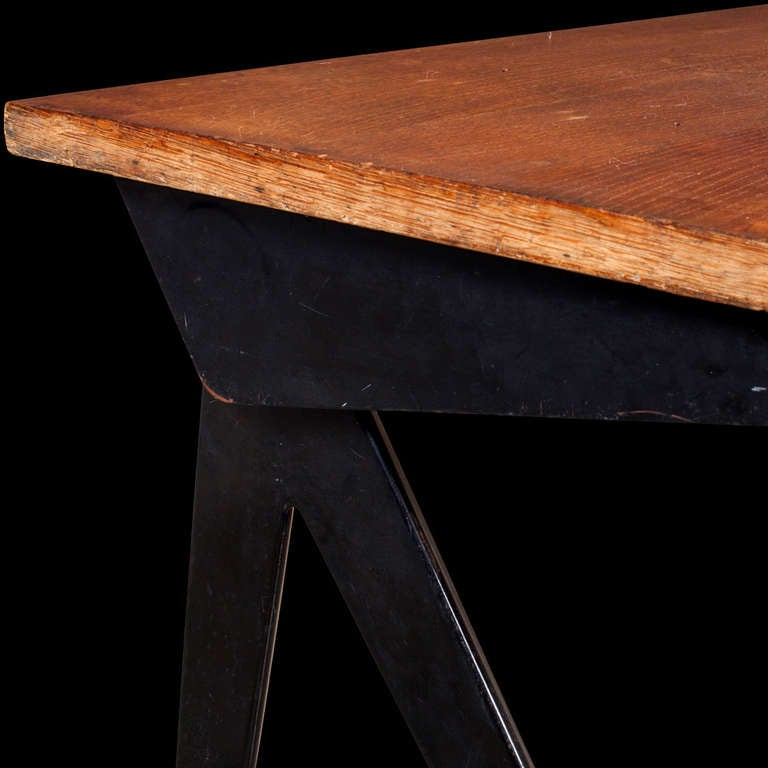Stunning example of the iconic Compas desk, manufactured by Ateliers Jean Prouve circa 1953.