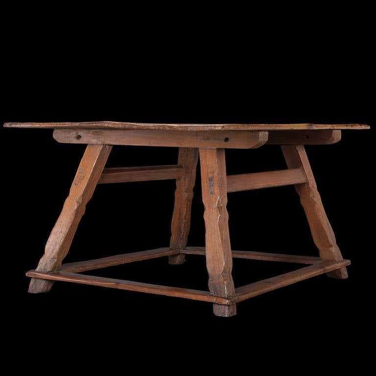Primitive Center Table at 1stdibs : TABLE2712l from www.1stdibs.com size 768 x 768 jpeg 33kB