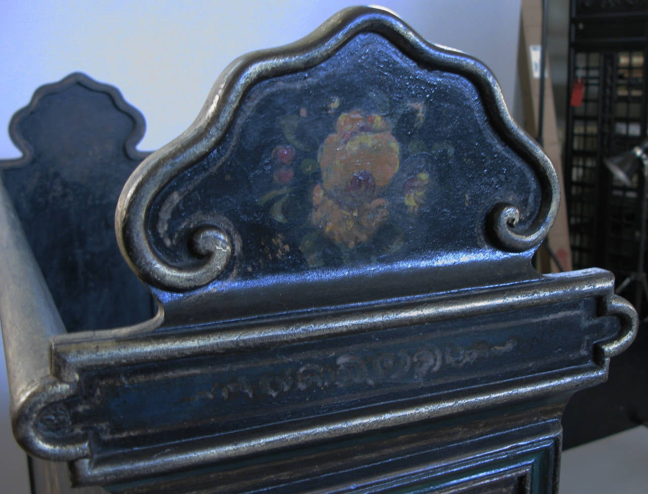 Antique Victorian Hand-Painted Cast Iron Bed For Sale 1