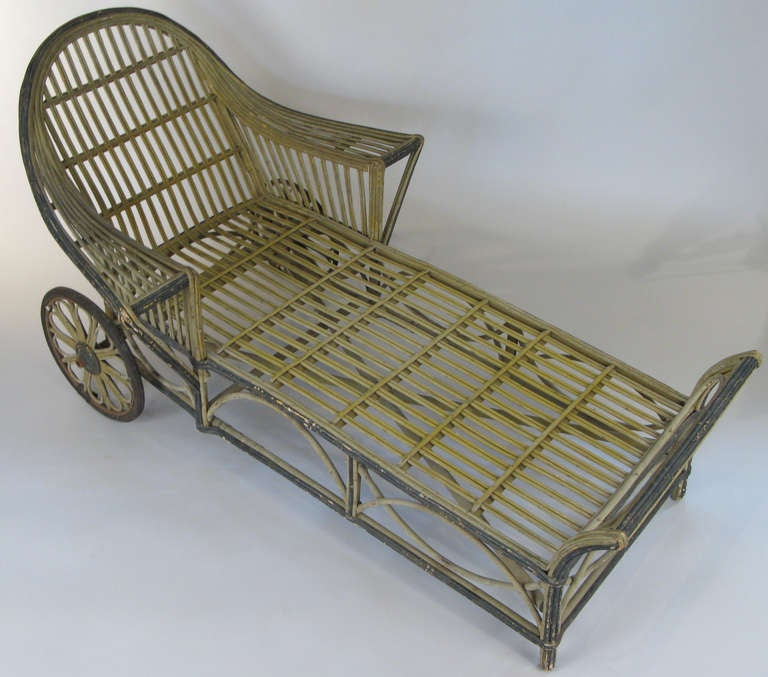 Antique wicker chaise lounge at 1stdibs for Chaise lounge antique furniture