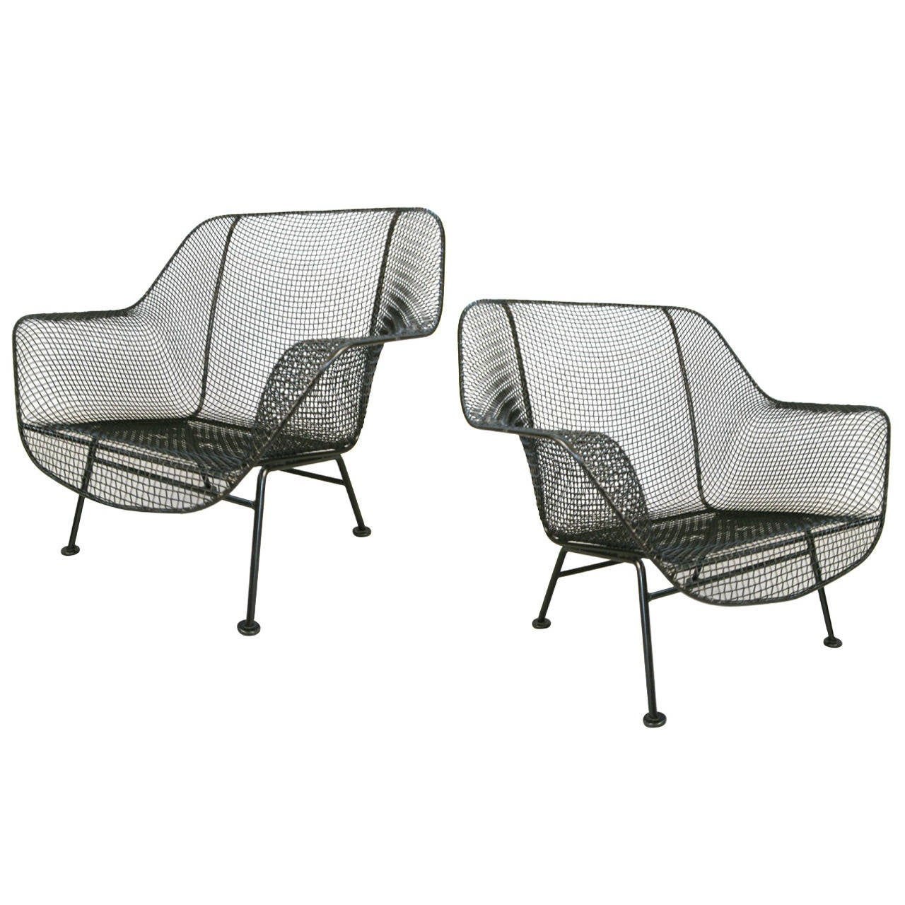Pair of vintage 1950s 39 sculptura 39 garden lounge chairs by for Woodard outdoor furniture