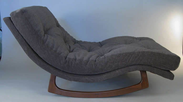 Sculptural Curved Rocking Chaise Lounge By Adrian Pearsall