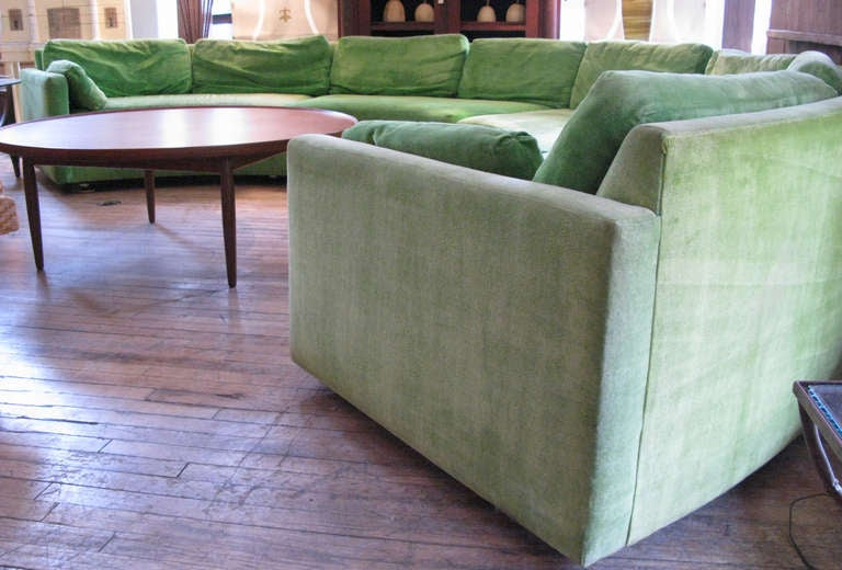 Semi Circular Curved Sectional Sofa by Milo Baughman 8