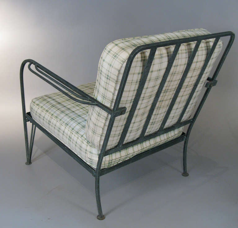 pair of vintage wrought iron lounge chairs by salterini at 1stdibs. Black Bedroom Furniture Sets. Home Design Ideas